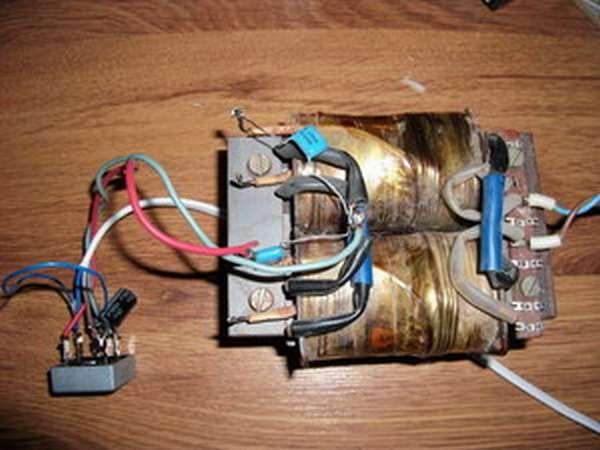 Как сделать трансформатор на 18 вольт своими руками 73