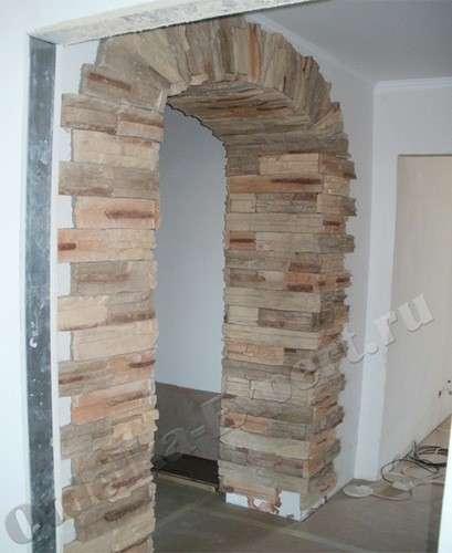 Отделка арки декоративным камнем  основные правила и требования
