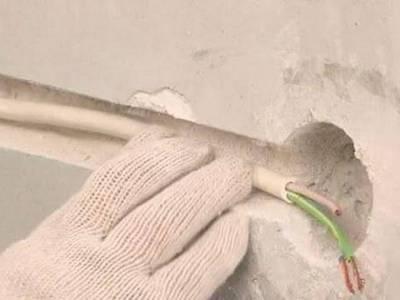 Как правильно заменить проводку в частном доме?